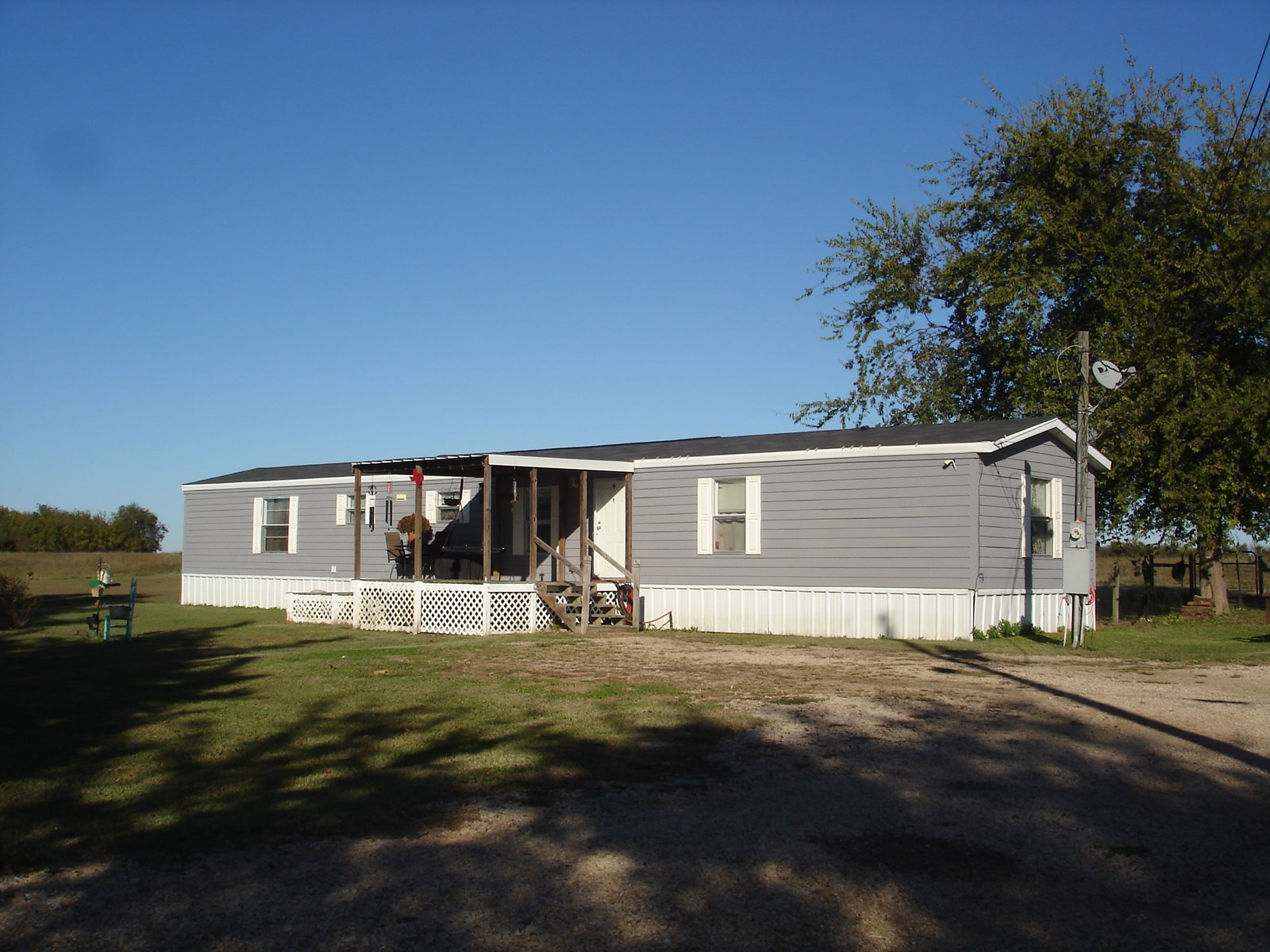 Country Manufactured Home In Town For Sale Deport Texas
