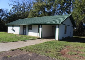 COUNTRY HOME IN DEKALB, TX / BOWIE COUNTY