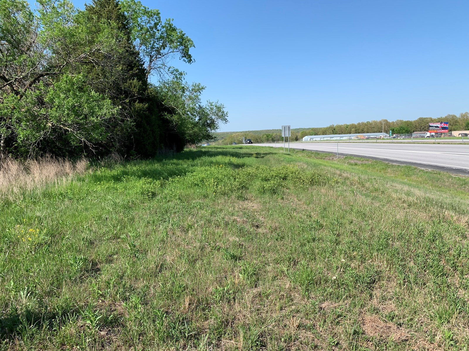 Commercial Land for Sale with I-44 Frontage in Missouri