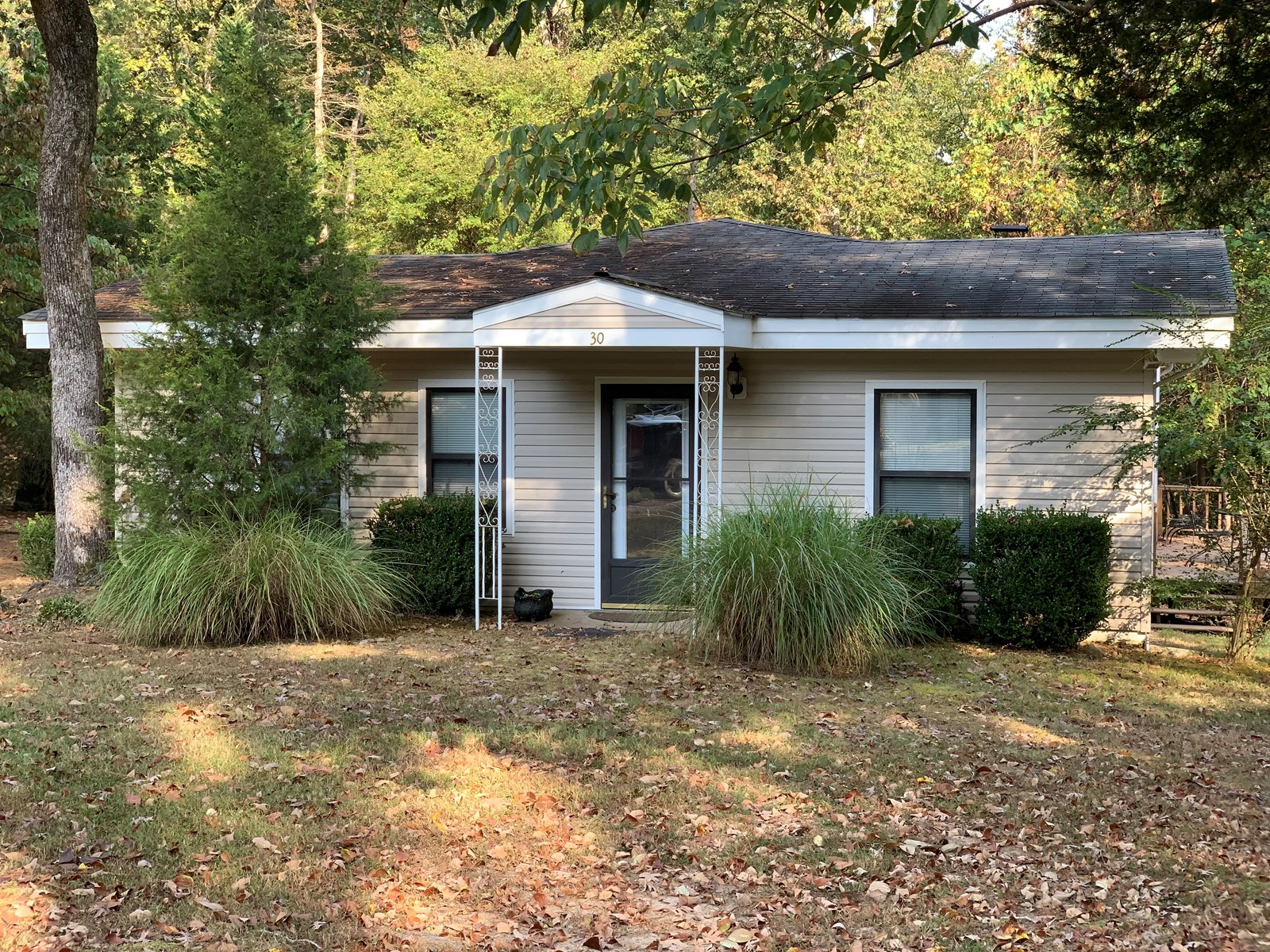 LAKE FRONT HOME FOR SALE, CAMDEN, TENNESSEE, KY LAKE