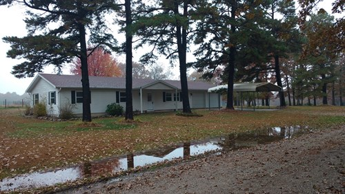 Private Country Home on Hunting / Ranch / Farm Land for sale