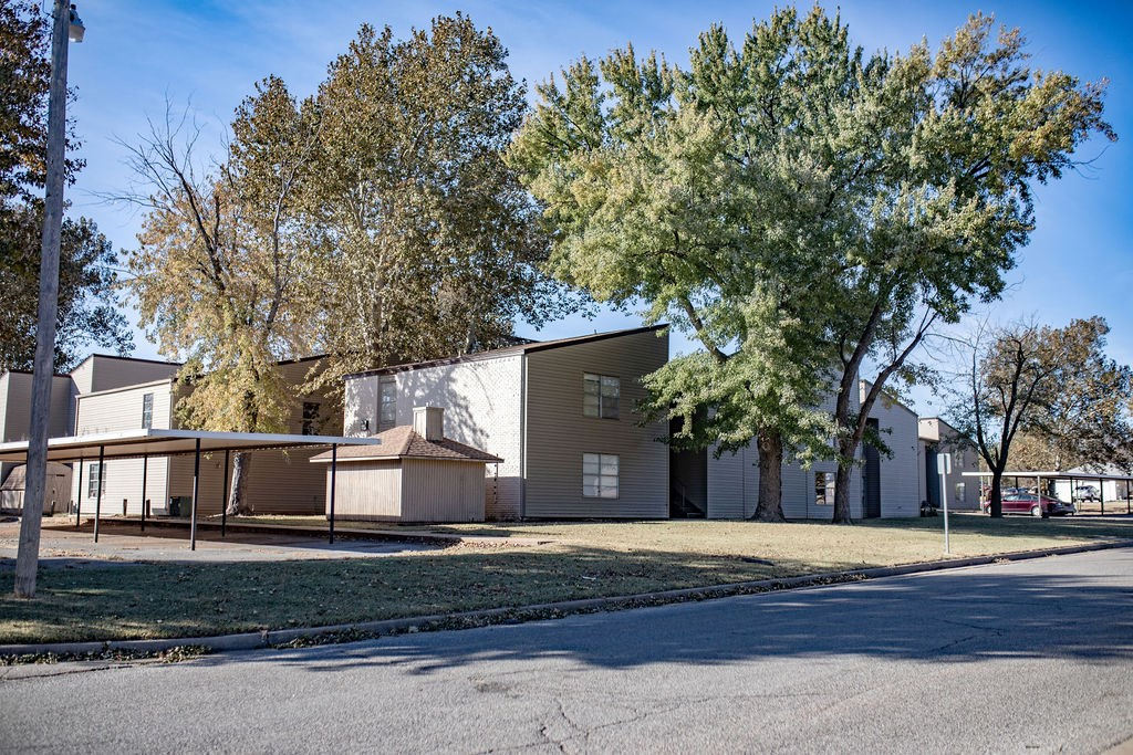 APARTMENT COMMUNITY FOR SALE IN ELK CITY