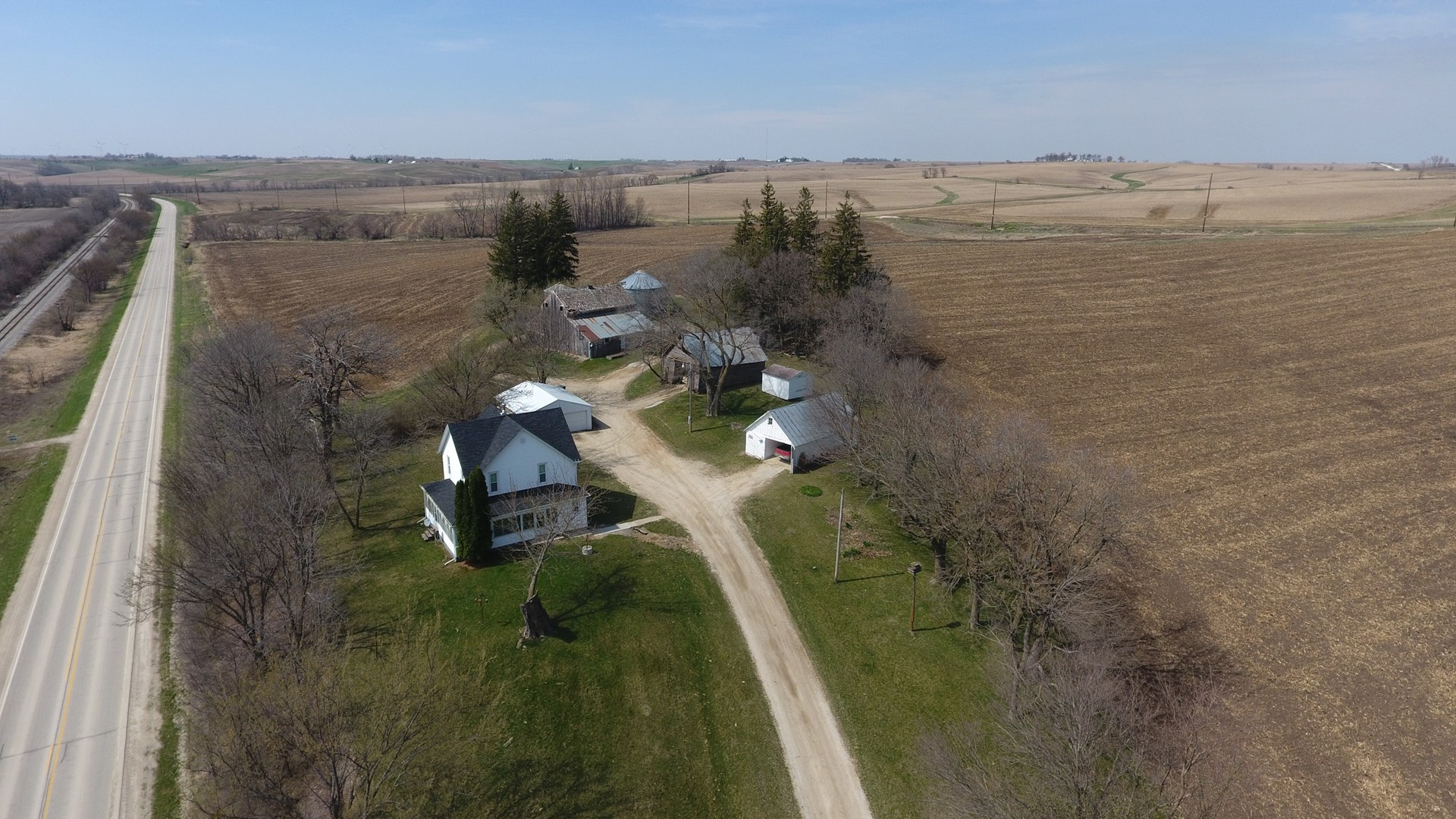 Guthrie County Iowa Country Home