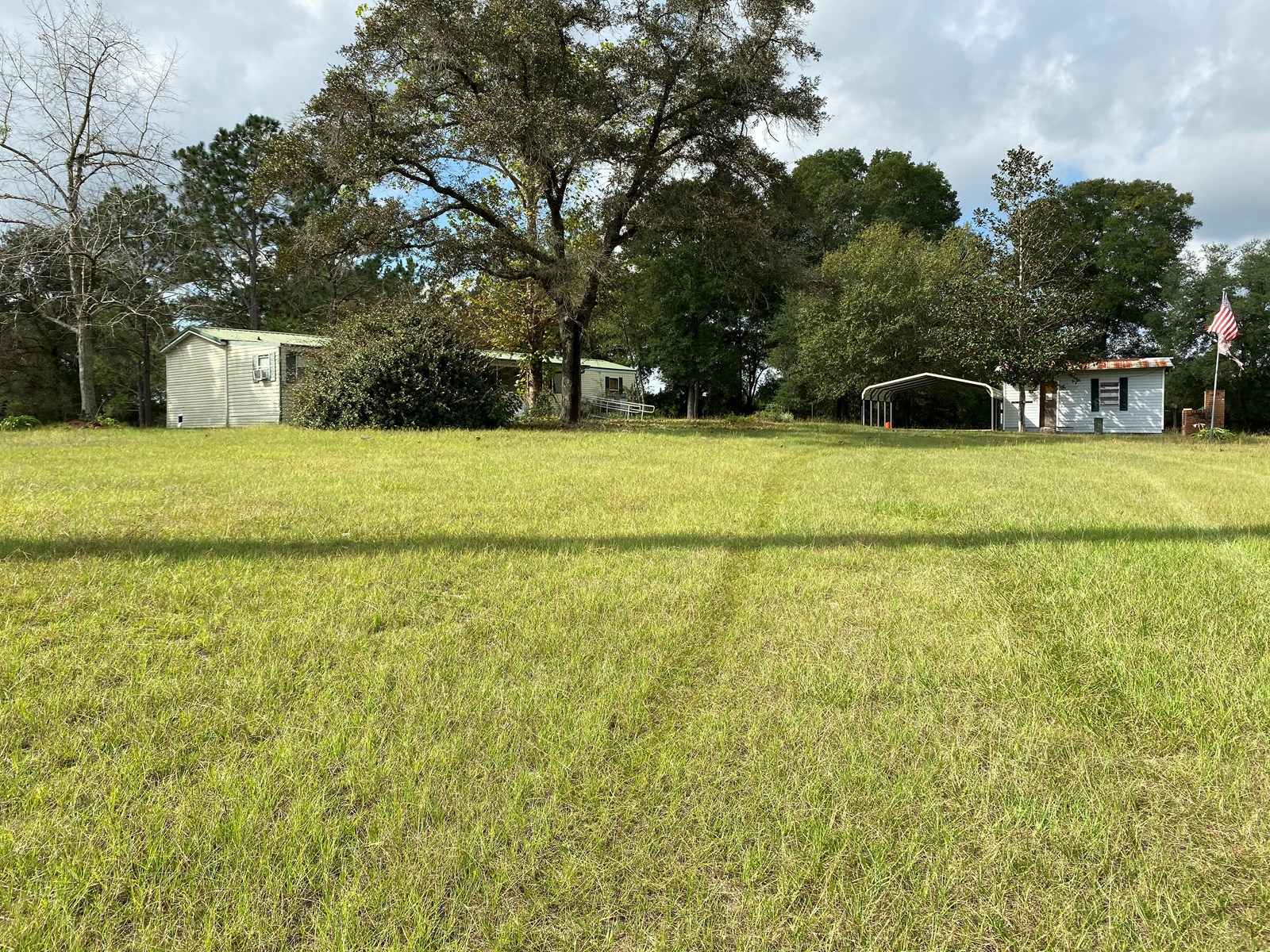 3BR/2BA on 5 ACRES FOR SALE!