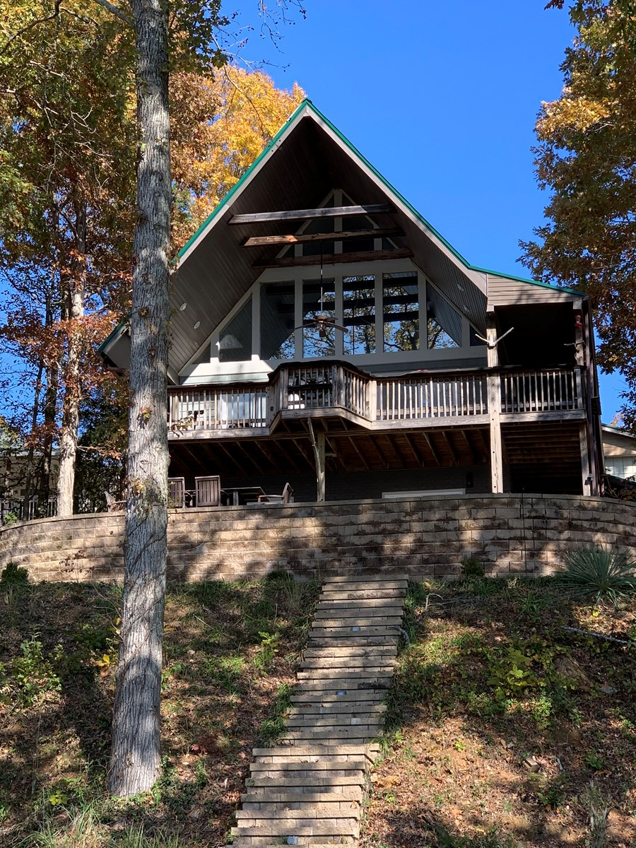 TENNESSEE LAKE FRONT HOME FOR SALE, CAMDEN TENNESSEE
