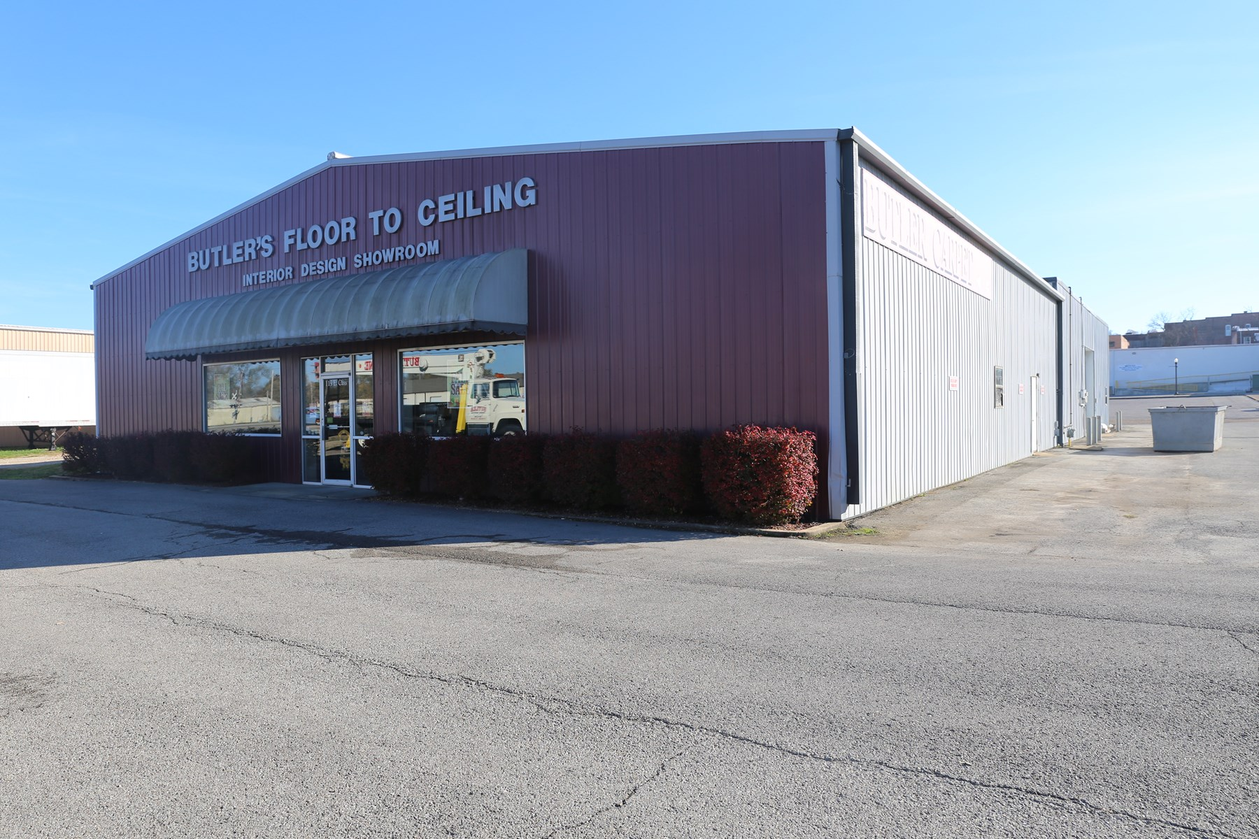 Prime Retail Space or Warehouse in Downtown West Plains MO