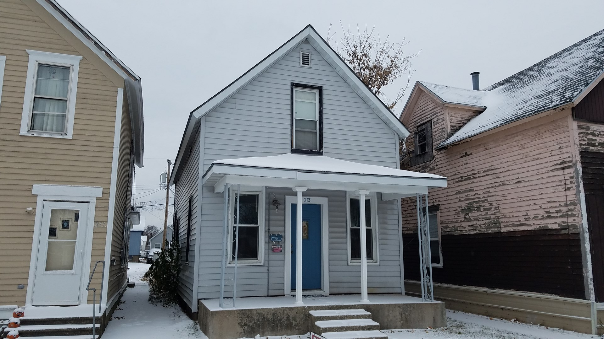 Charming two bedroom, 1 bath home - 213 N. 14th - Escanaba