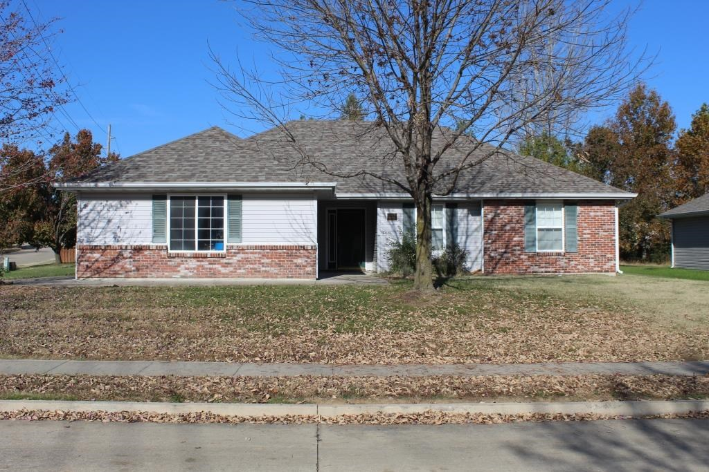 3 BR, 2 BA with 2 Car Garage near Mizzou in Columbia MO