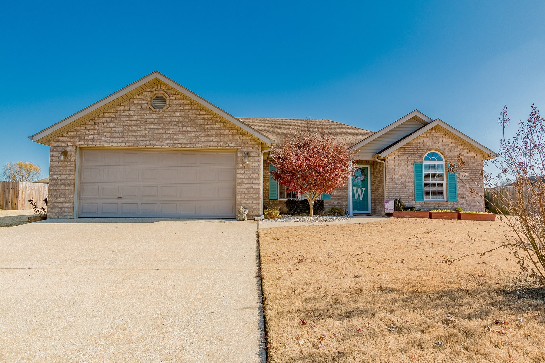 Pea Ridge Home For Sale