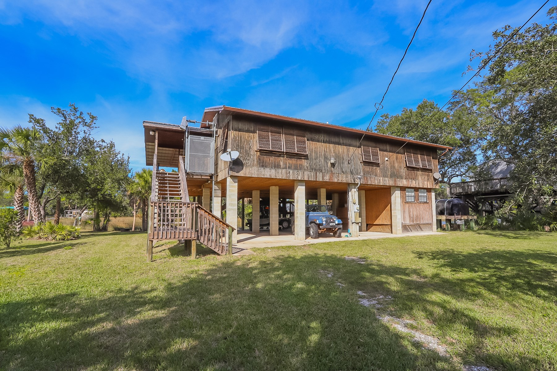 STEINHATCHEE FLORIDA HOME FOR SALE ON ROCKY CREEK