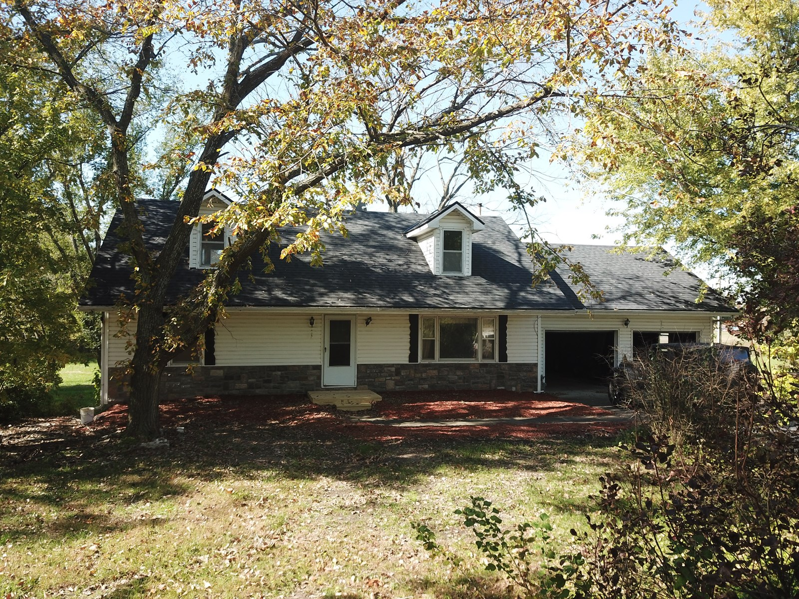Country Home for sale, Cass County Mo, Harrisonville
