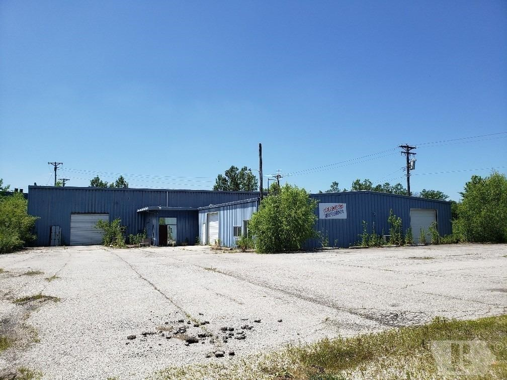 Large Commercial Building For Sale Keokuk, IA
