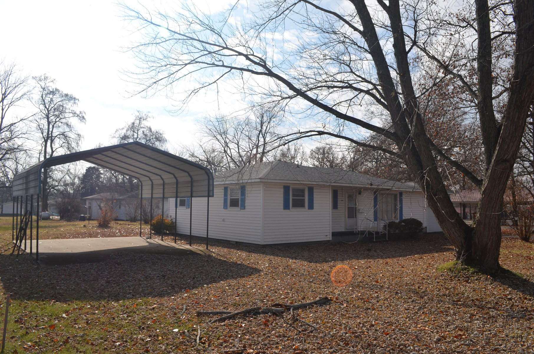House in Town for Sale in South Central Missouri
