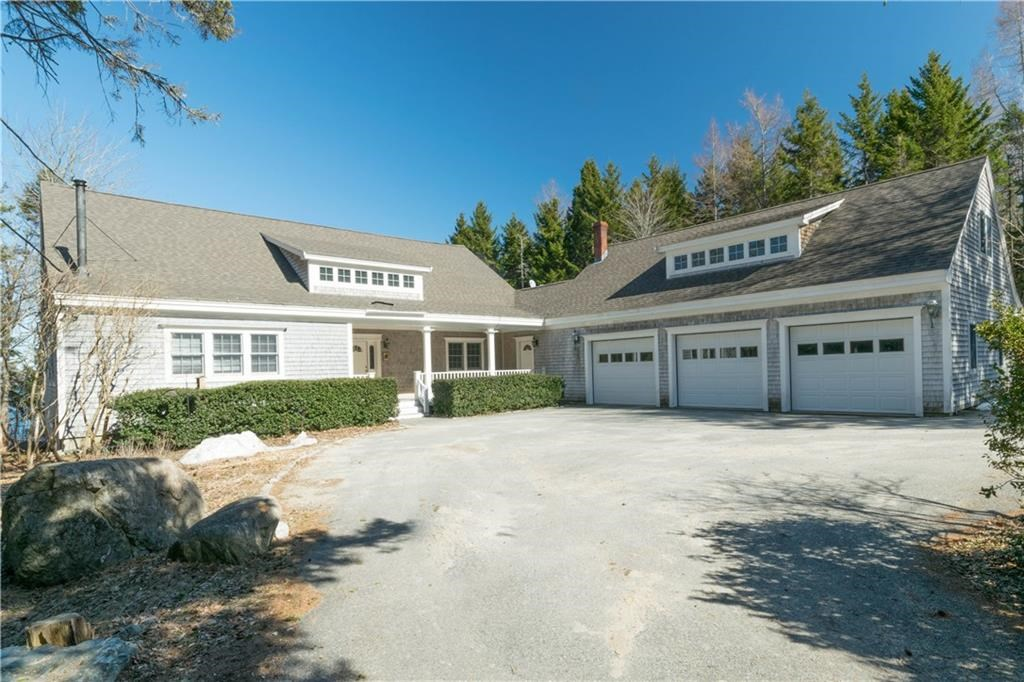 Luxury Coastal Home For Sale in Brooklin, Maine