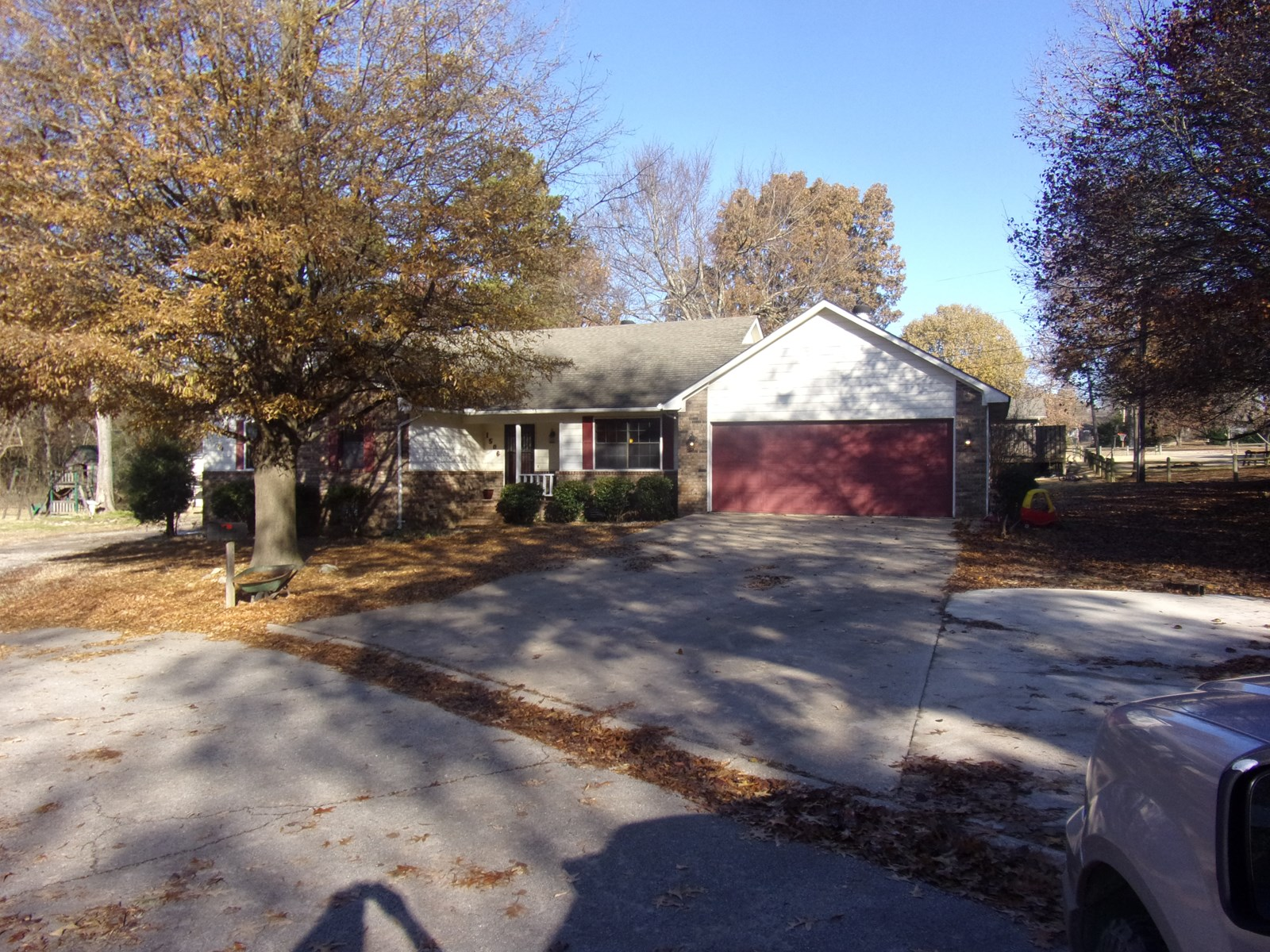 Home in town for sale, Pocahontas, AR 3 BR/2 BA, Large Shop