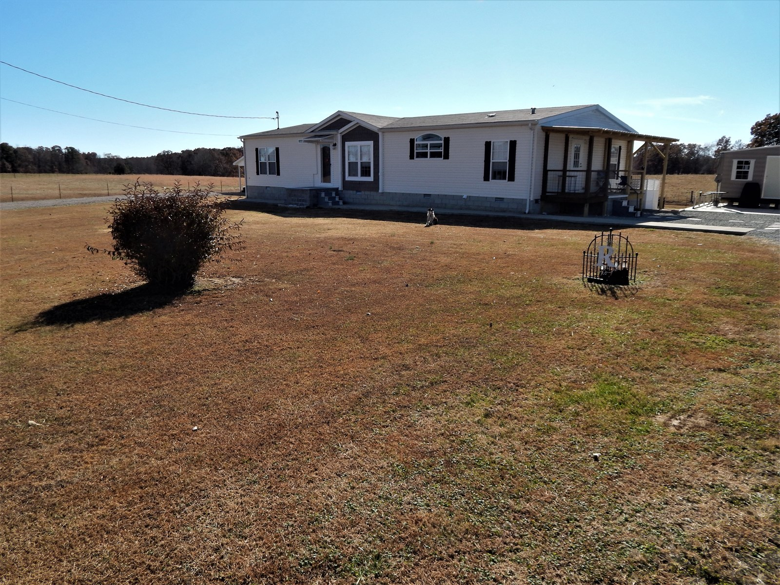 TN. COUNTRY HOME, 101.25 AC. CATTLE OR HORSE FARM