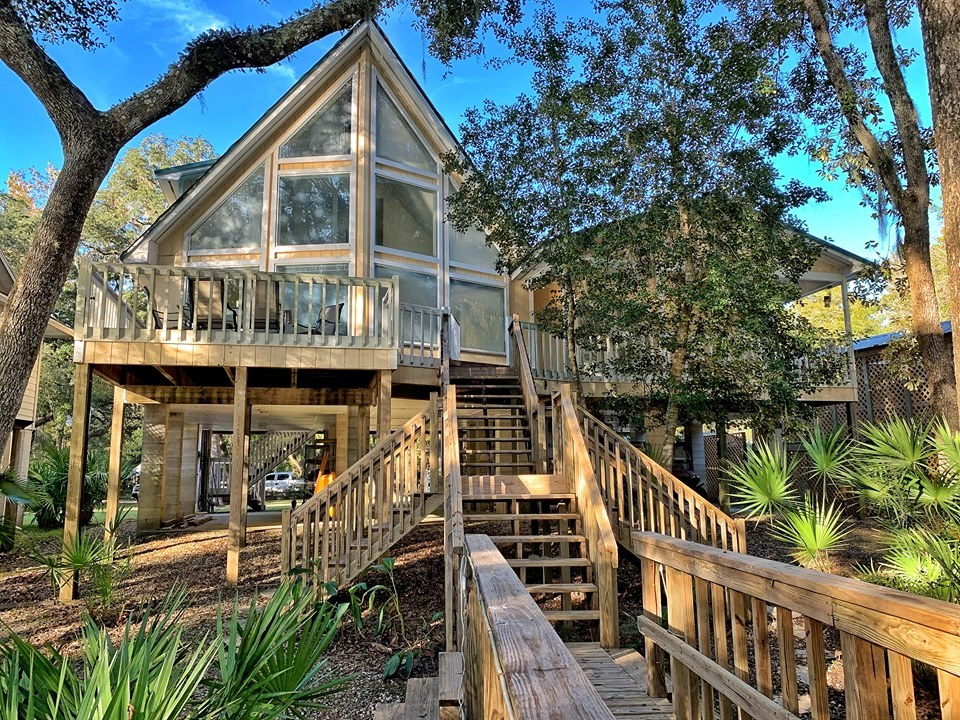 SUWANNEE RIVER WATERFRONT HOME FOR SALE Branford Florida