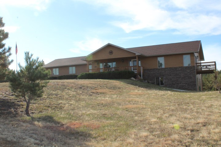 STURGIS SD COUNTRY HOME & HUNTING PROPERTY FOR SALE