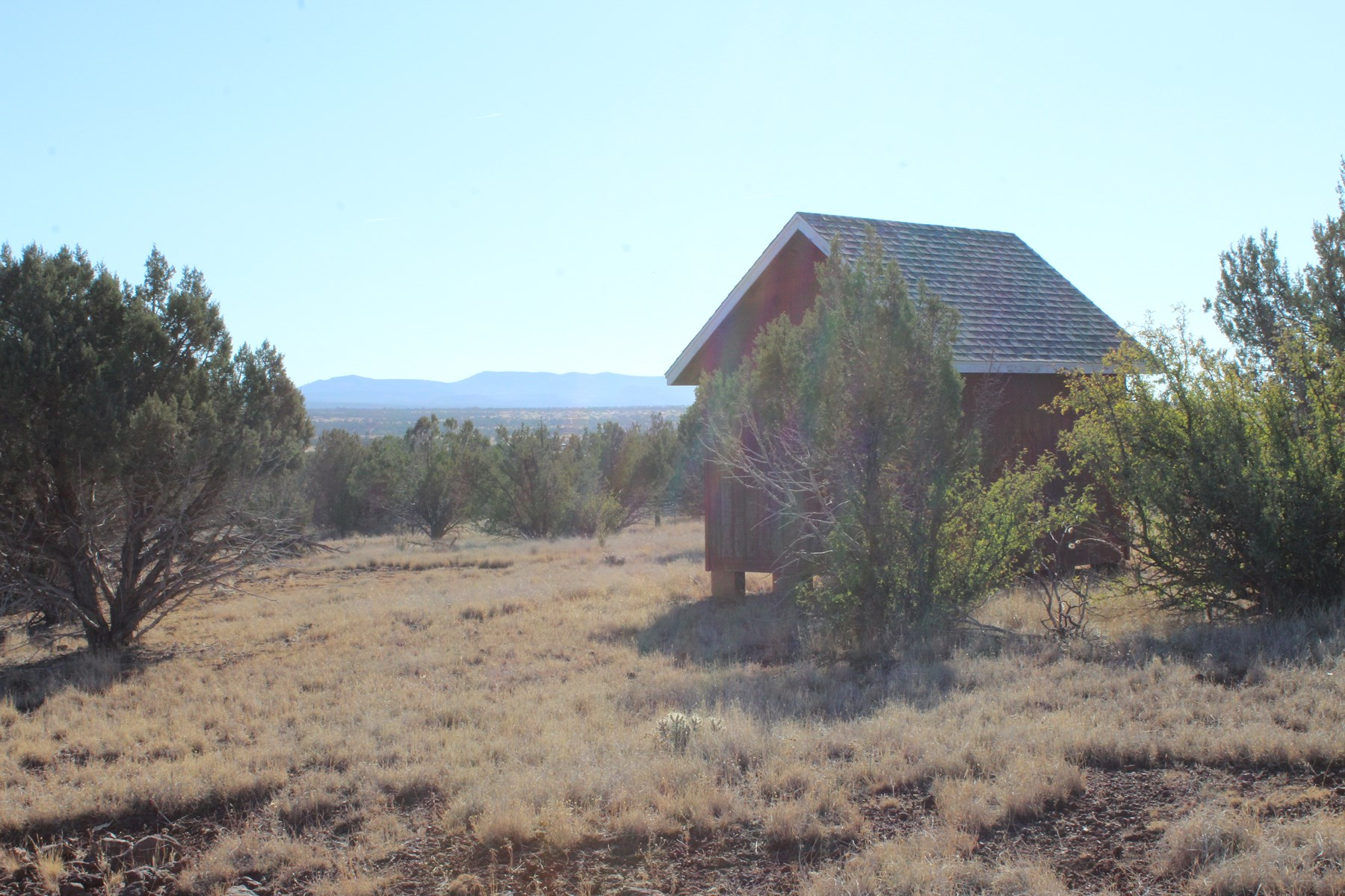 Ashfork Land with views, shed and good roads