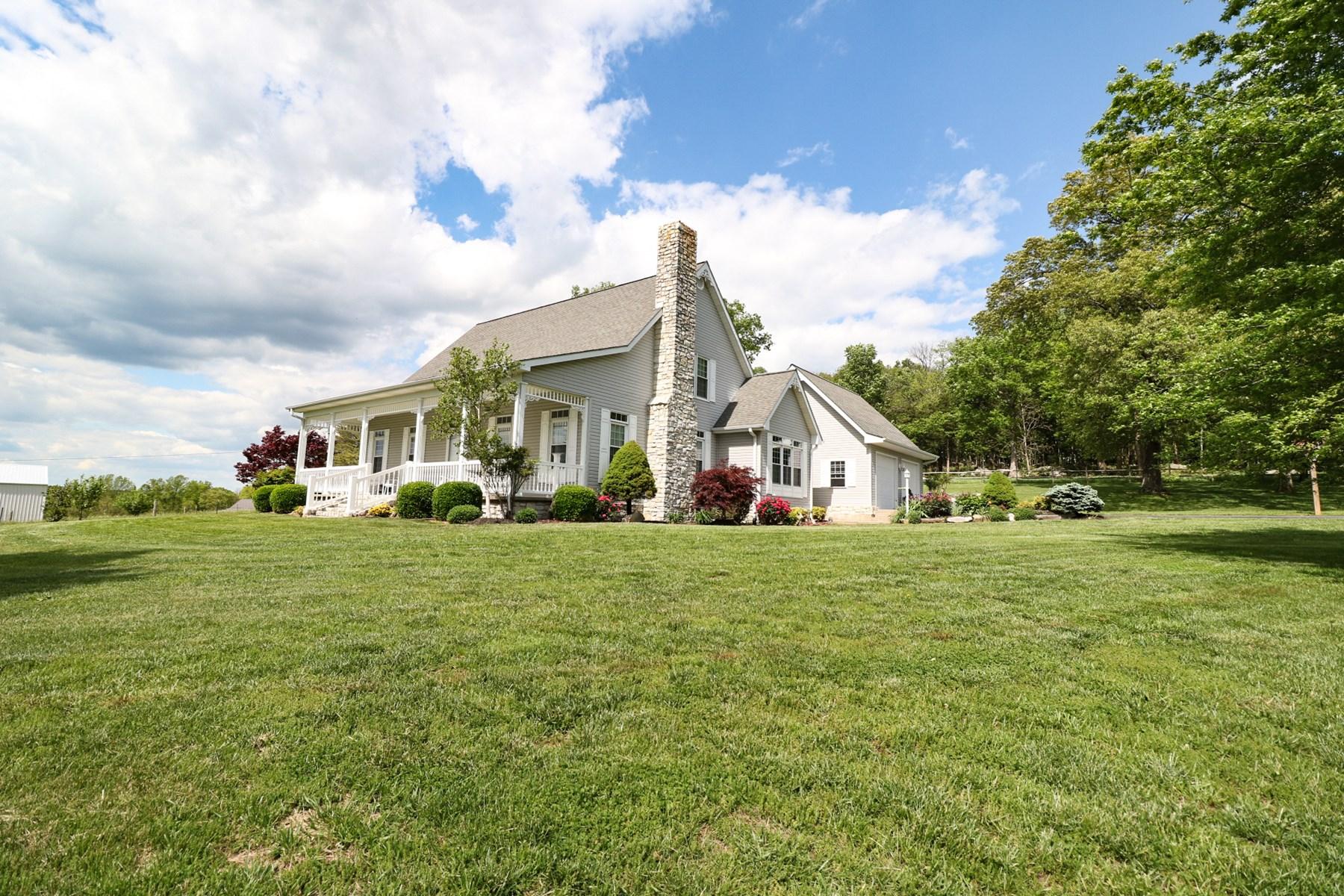 Country Home, Hobby Farm, Equine Property, 10 acres Kentucky