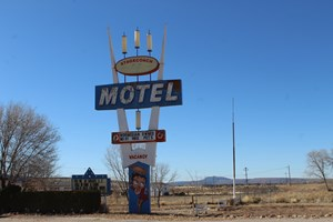 ROUTE 66 MOTEL AND RESTAURANT FOR SALE SELIGMAN AZ