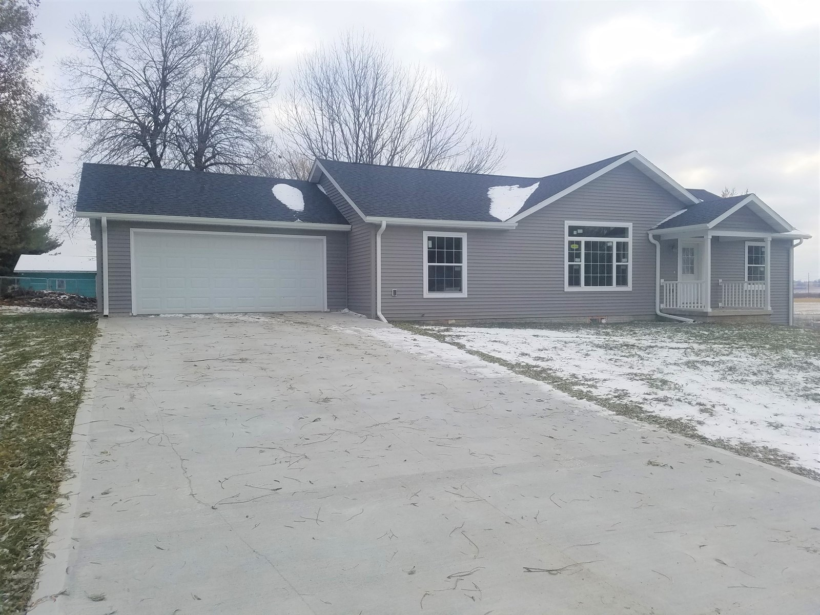 Brand New 3 Bedroom Home For Sale in Martensdale, IA