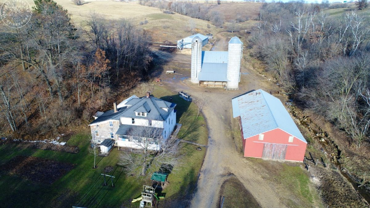 Hobby Farm with Great Hunting Locations in Monroe County WI