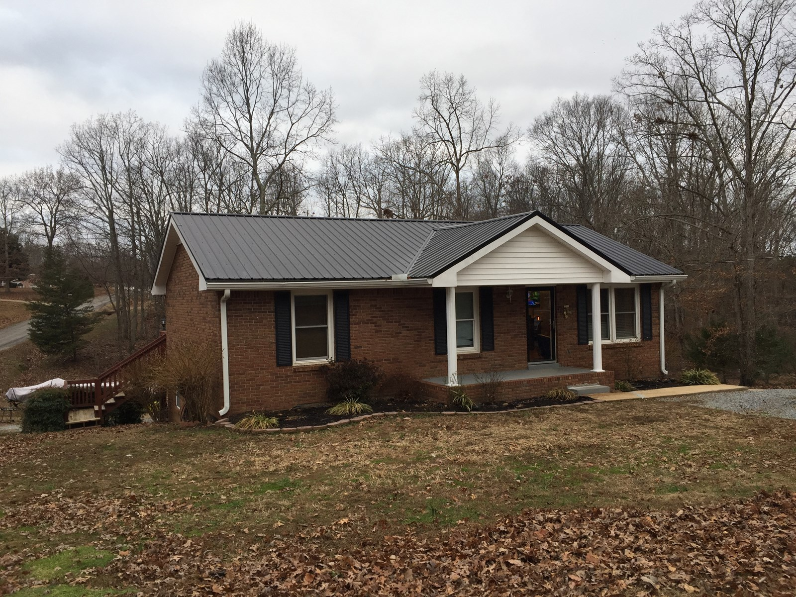 Country Home for sale in Lyles, TN