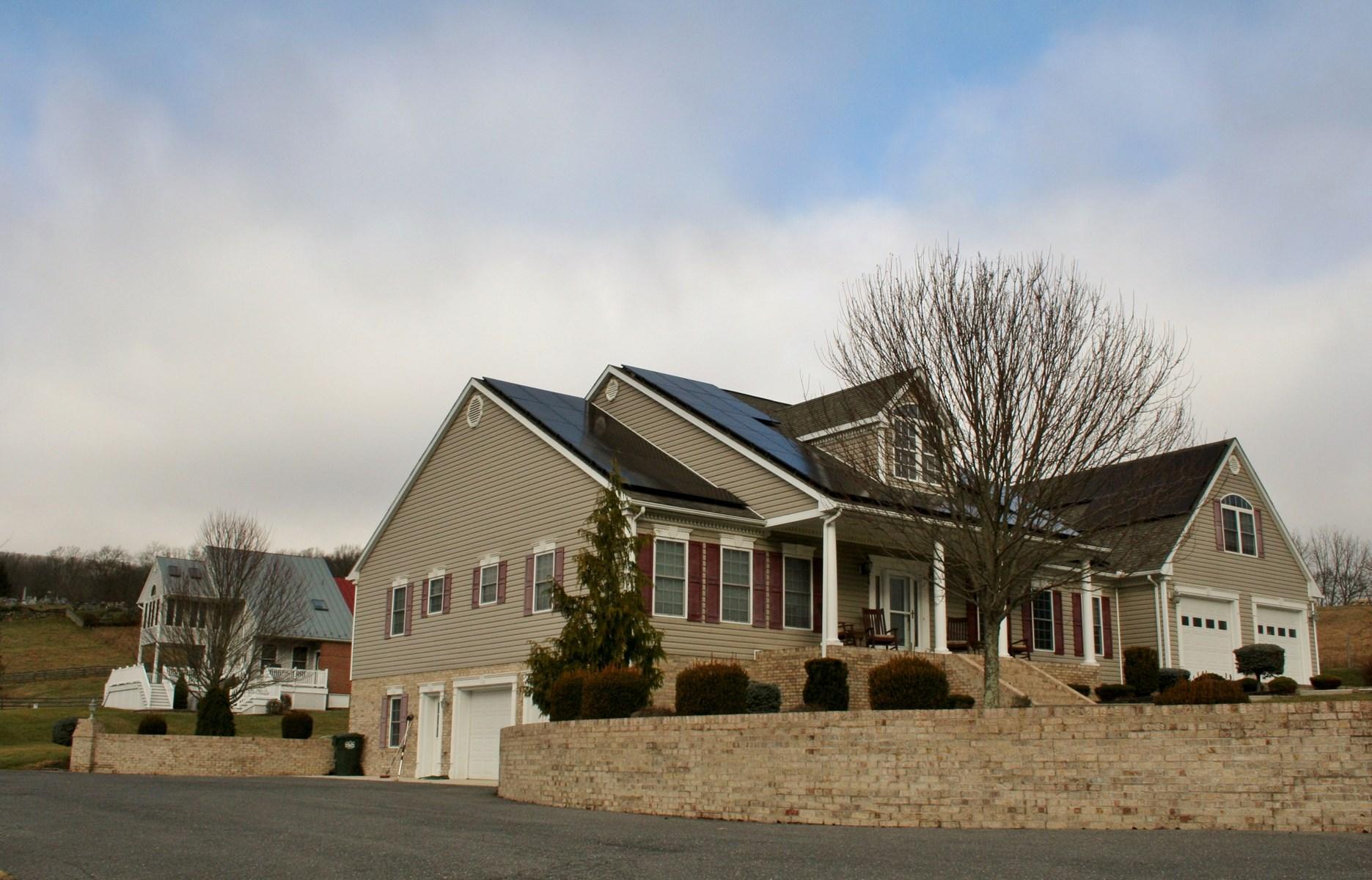 Welcome to Highland Meadows & 125 Goldenrod Lane Monterey VA