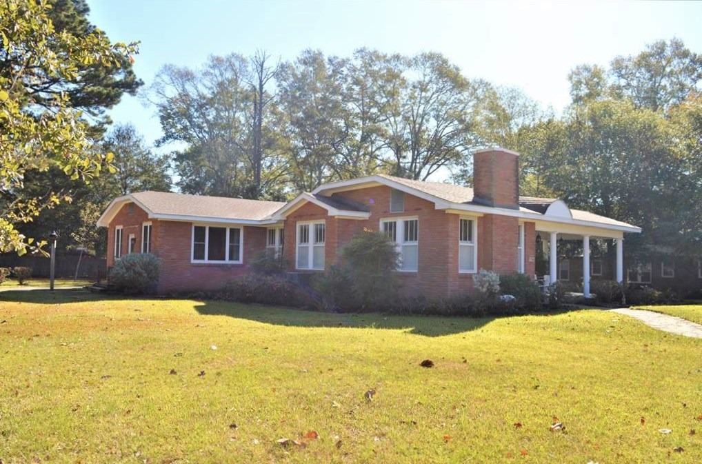 3 Bed/2 Bath Brick Home in Town For Sale, McComb, MS