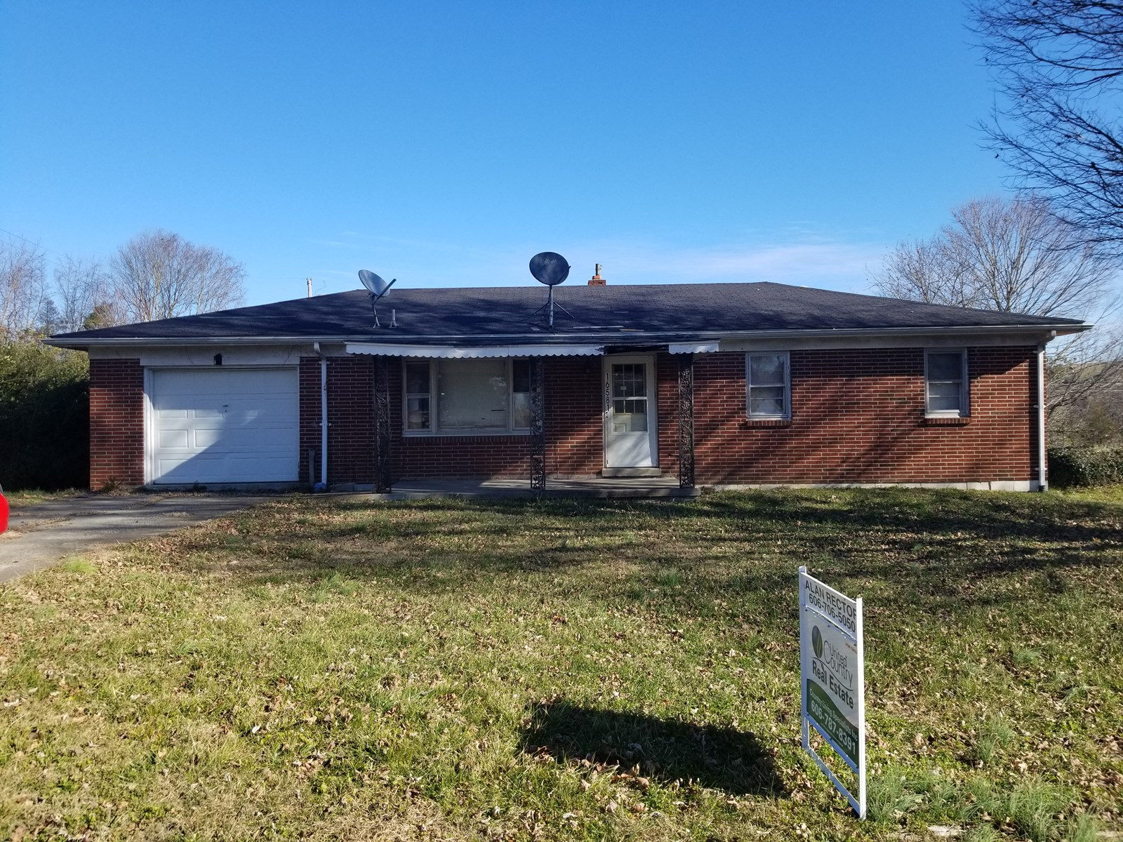Nice brick home with basement in south central KY
