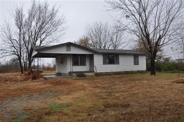 OKLAHOMA HIGHWAY COUNTRY HOME FOR SALE