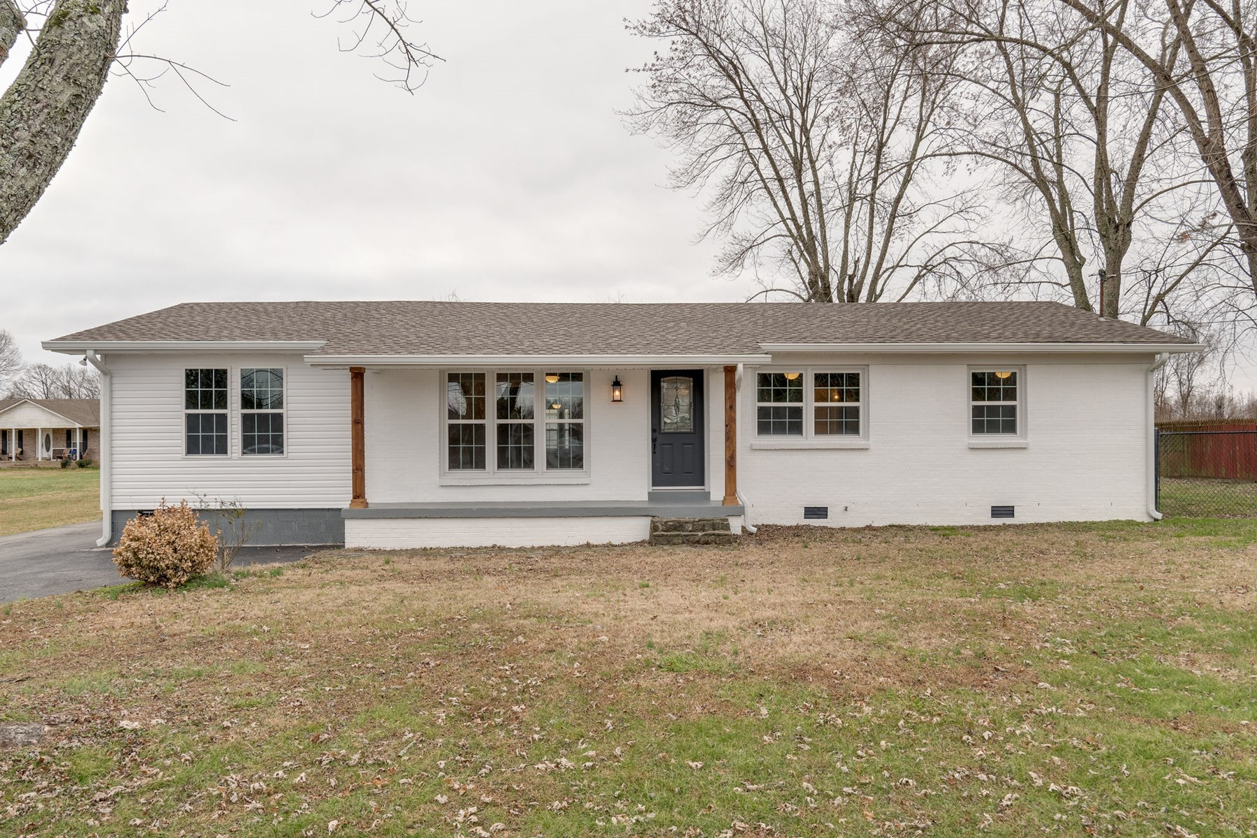Completely Renovated in Summertown, Maury County Tennessee