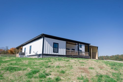 Country Living with Modern Design, in Culleoka, Tennessee
