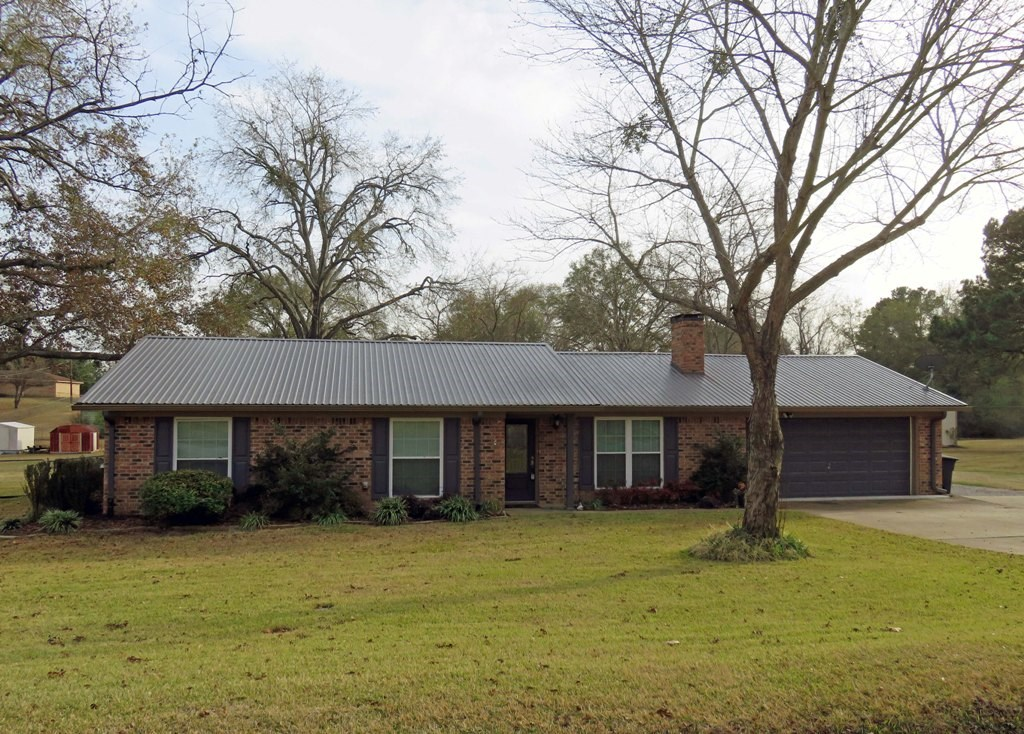 UPDATED HOUSE FOR SALE IN ANDERSON COUNTRY