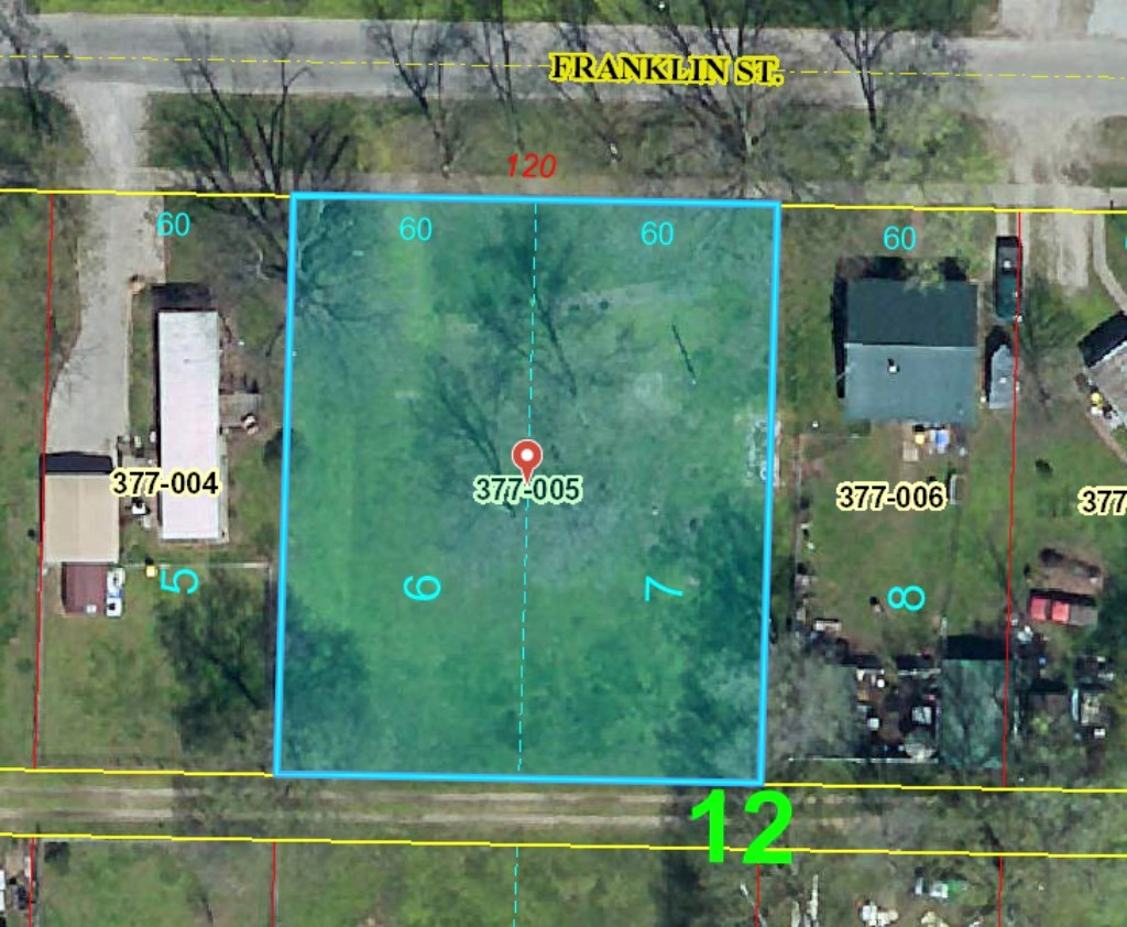 Double Lot in Palestine, IL