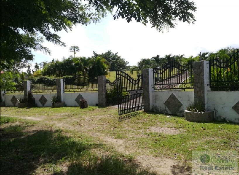 LOT FOR SALE IN EL ESPINO SAN CARLOS PANAMA