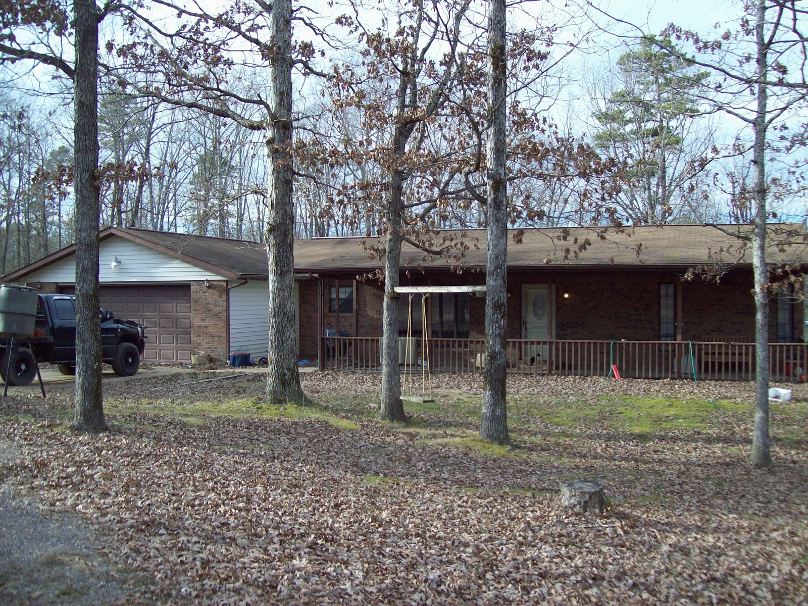 Piedmont Missouri Home on 35 +/- Acres