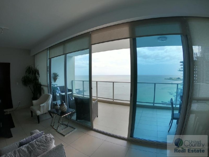 APARTMENT FOR SALE IN PH OCEANAIRE PANAMA