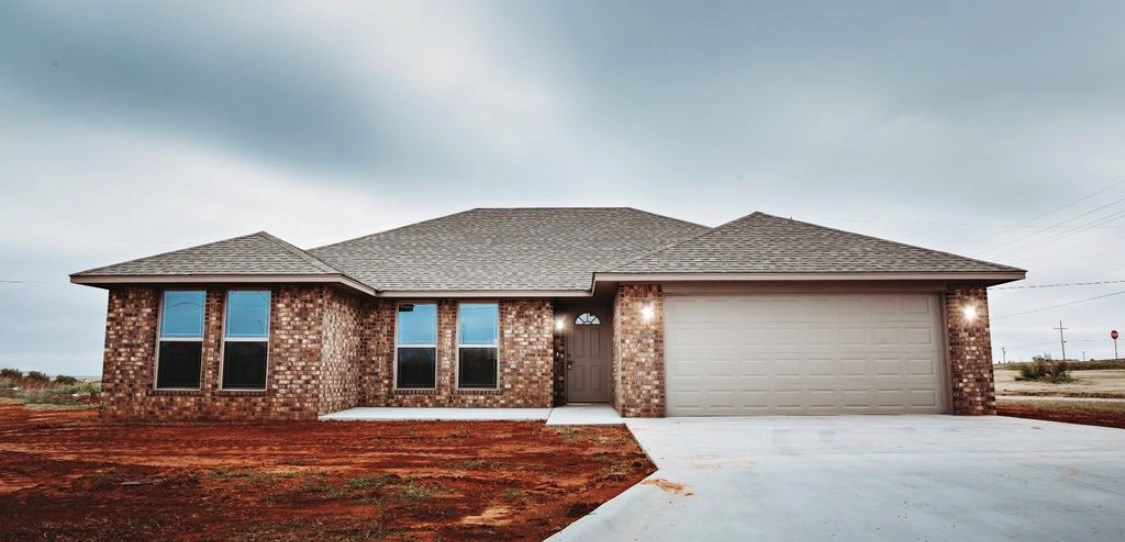 NEW CONSTRUCTION HOME FOR SALE IN ELK CITY