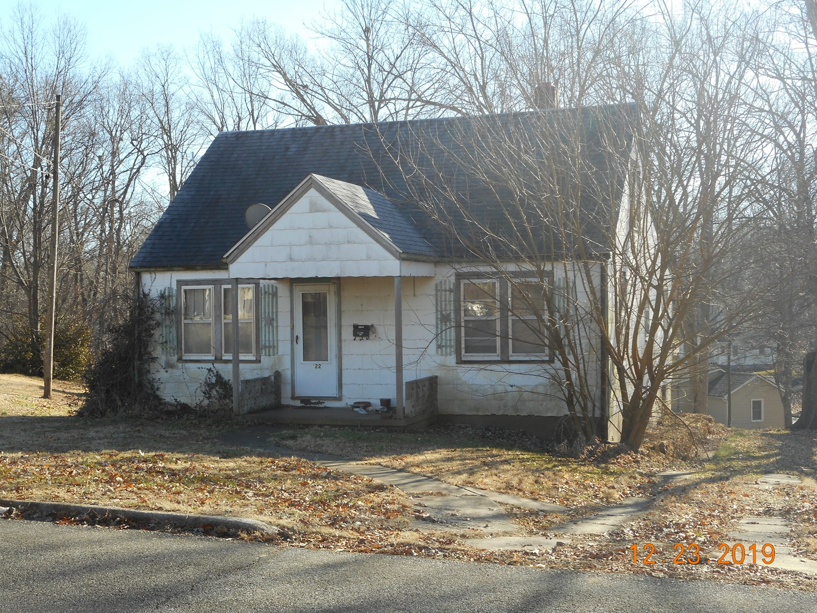 For Sale 3 For Bedroom 1 Bath House in Jackson MO.