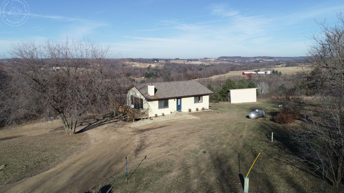 Beautiful Country Home with 360-Degree Views Sauk County WI