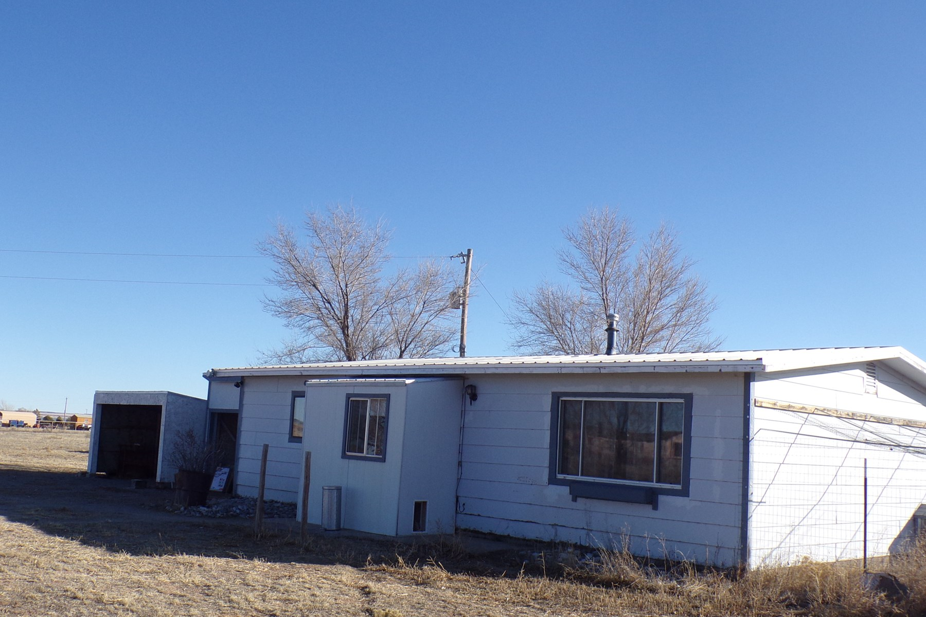 Moriarty NM Country Home on 5 Acres For Sale