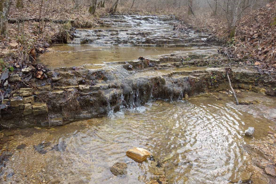 20 ACRES WITH 3 CREEKS NEAR CURRENT RIVER IN SOUTHERN MO