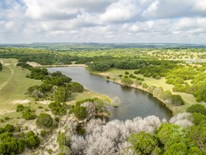 HIGH FENCED RANCH, PRIVATE LAKES, COWHOUSE CREEK, HUNTING