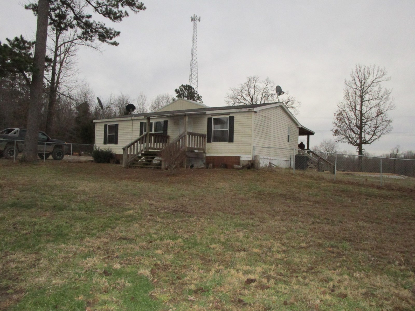 Country Home for Sale - Highway Frontage - Missouri Ozarks