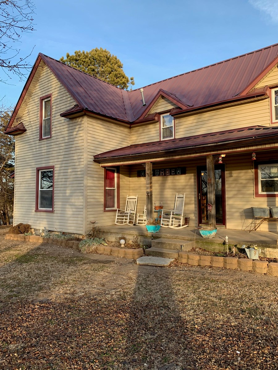 HOME W/ACREAGE N CENTRAL OK. KAY COUNTY FOR SALE