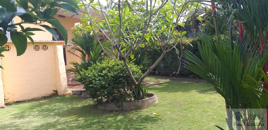 Beach house for sale in Panama