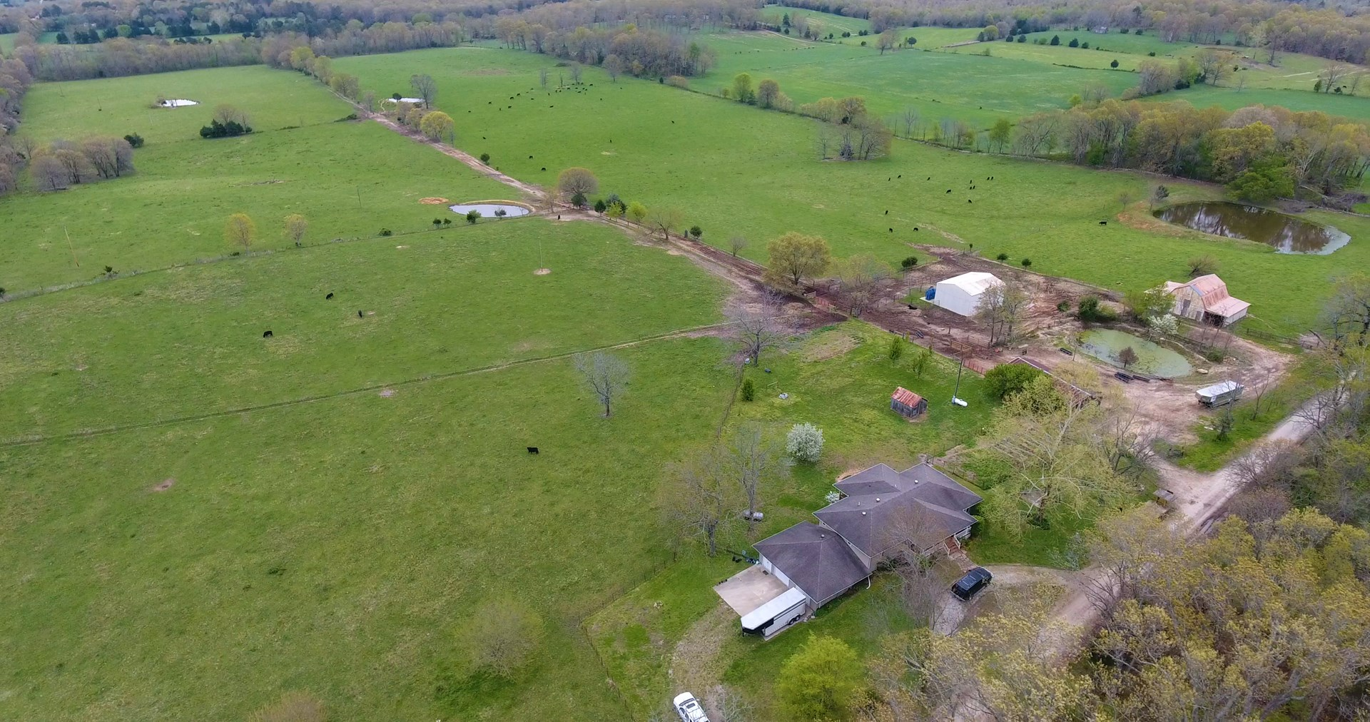 Country Home and Farm For Sale in Southern Missouri Ozarks