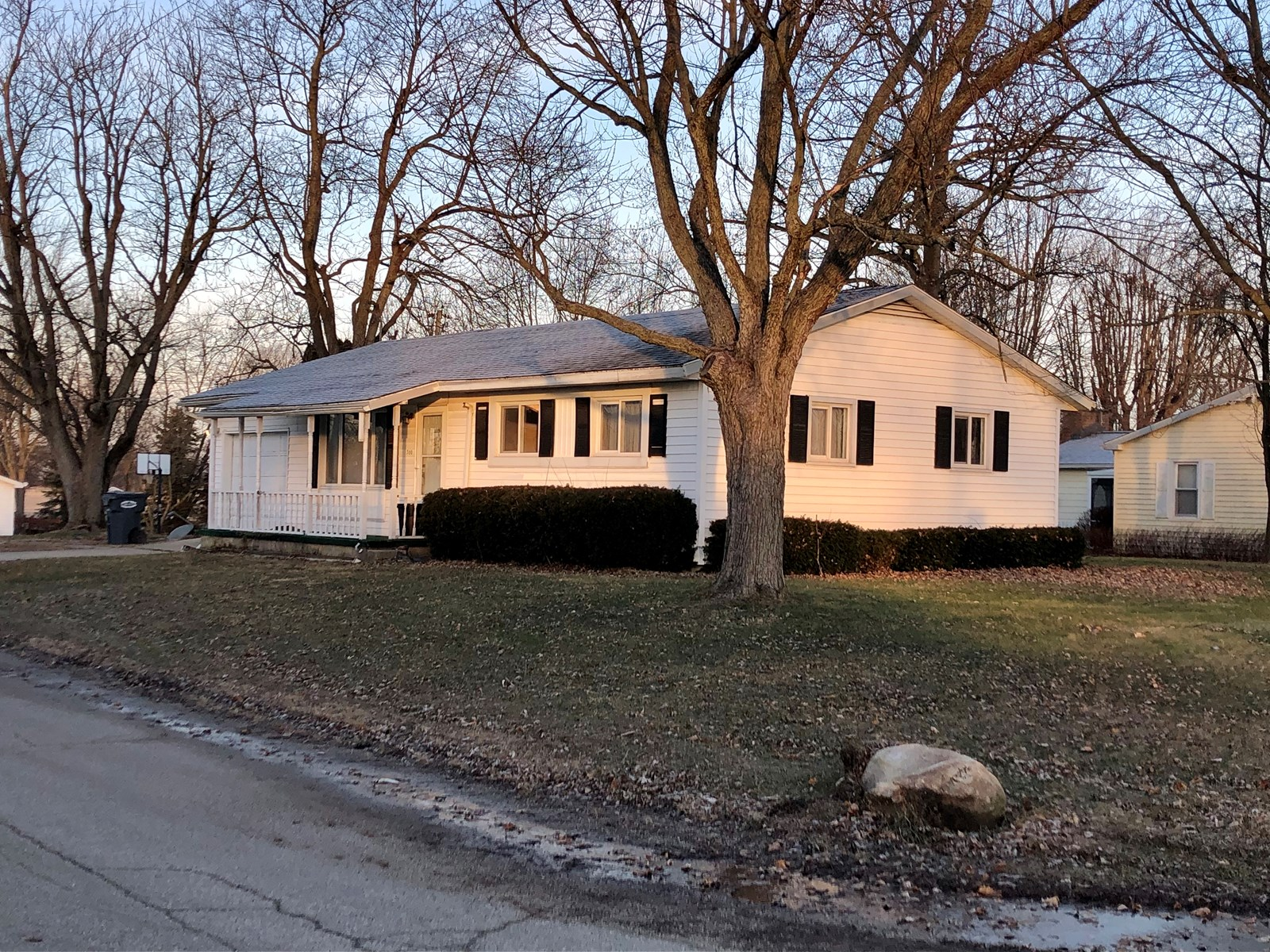 Home for Sale Farmland, Indiana